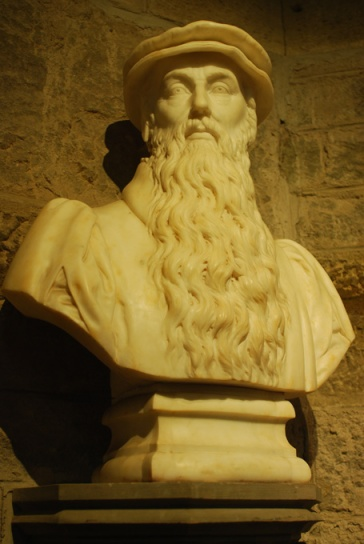 John Knox. Stirling, Wallace monument.